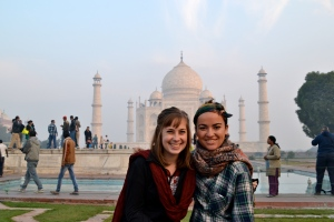 Maggie O'Donnell '14 and Ryan Derham '14 at the Taj Mahal in Agra, India. (Photo: Maggie O'Donnell)