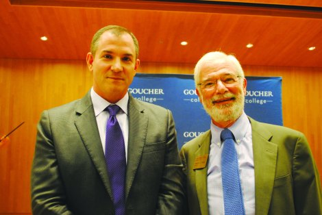 Frank Bruni with President Sandy Ungar after his talk in the Hymann Forum. (Photo Christopher Riley)