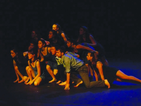 Students performing in Goucher College Repertory Dance Ensemble (Photo: Cuong Huy Nguyen)