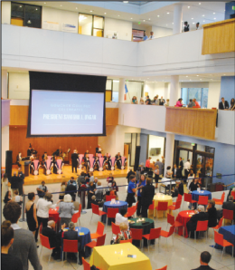Members Goucher community gather in the Hyman Forum for a gala in honor of Sanford Ungar (Photo: Rachel Brustein)